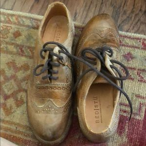 Bed Stu cobbler distressed wingtips tan Euc 8.5